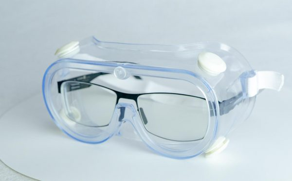 Anti fog protective goggles with glasses